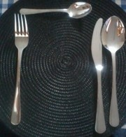 Chrome plated cutlery tray and staineless steel cutlery set